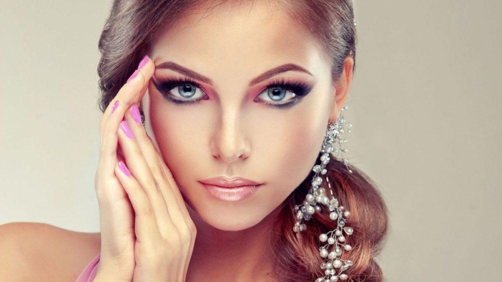 Приемы в макияже, которые вас старят и молодят: запомните и будьте прекрасной!
