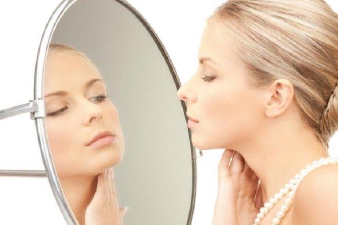 7 серьезных заболеваний, которые можно определить по лицу